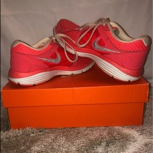 Women's Nike Fitsole Shoes
